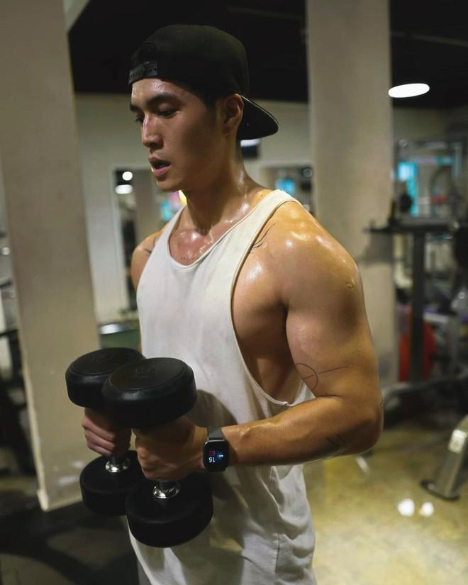 Tình trẻ của Ngô Thanh Vân đích thân phản ứng về bức ảnh thời nặng 100kg, nói gì mà khiến netizen rối não? - ảnh 4