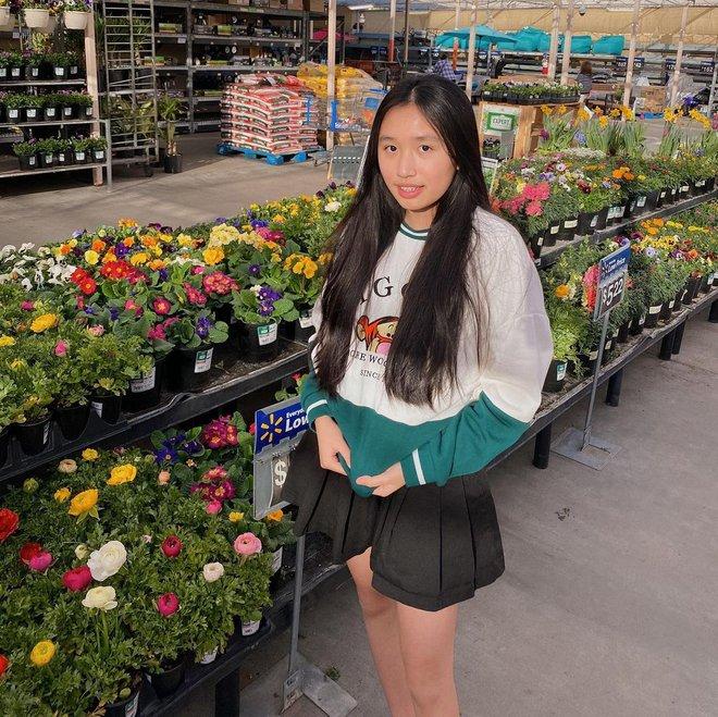 """Jenny Huỳnh trả lời câu hỏi về tiền thông minh cỡ này bảo sao mới 16 tuổi đã trở thành """"thế lực"""" triệu fan - ảnh 1"""