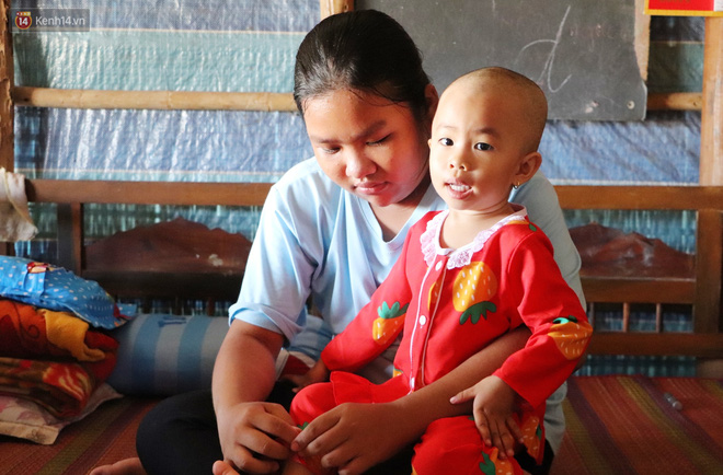 Chồng mất, con gái 3 tuổi mắc ung thư, người phụ nữ ngã quỵ khi chạy khắp xóm không mượn đủ 1 triệu đưa con nhập viện - ảnh 4