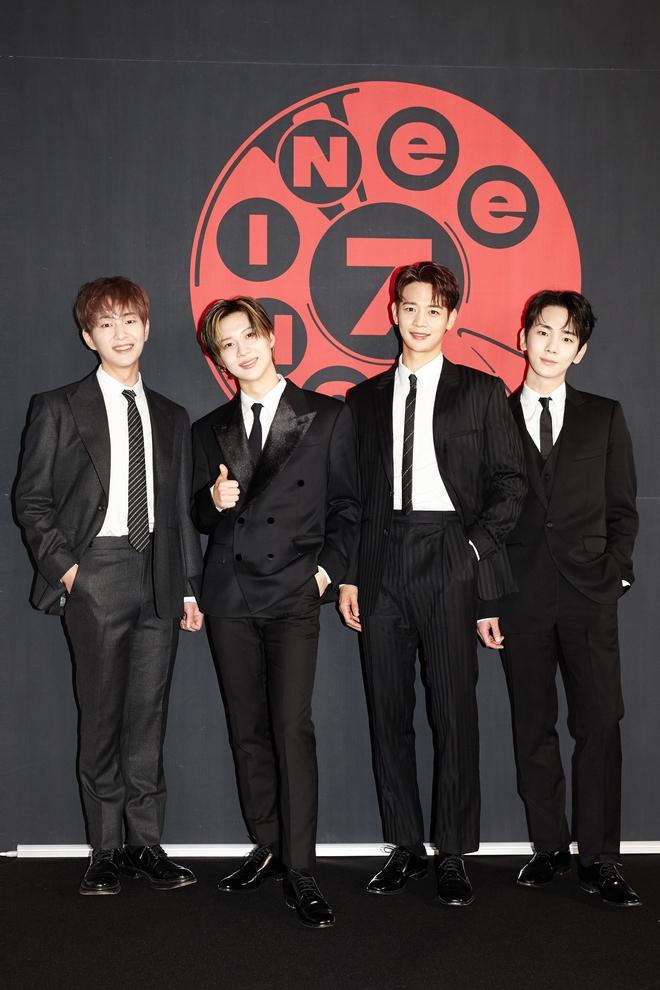 SHINee comeback sau 2 năm rưỡi vắng bóng, cả album rồng rắn trên BXH, Knet cảm thán: Còn gì mà SHINee không cân được? - ảnh 6