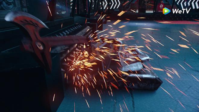 Cá Mực Hầm Mật 2 đầy rủi ro vì 3 thay đổi lớn: Loạt nhân vật bay màu khó hiểu, dòng thời gian loạn hơn cả Marvel - ảnh 5