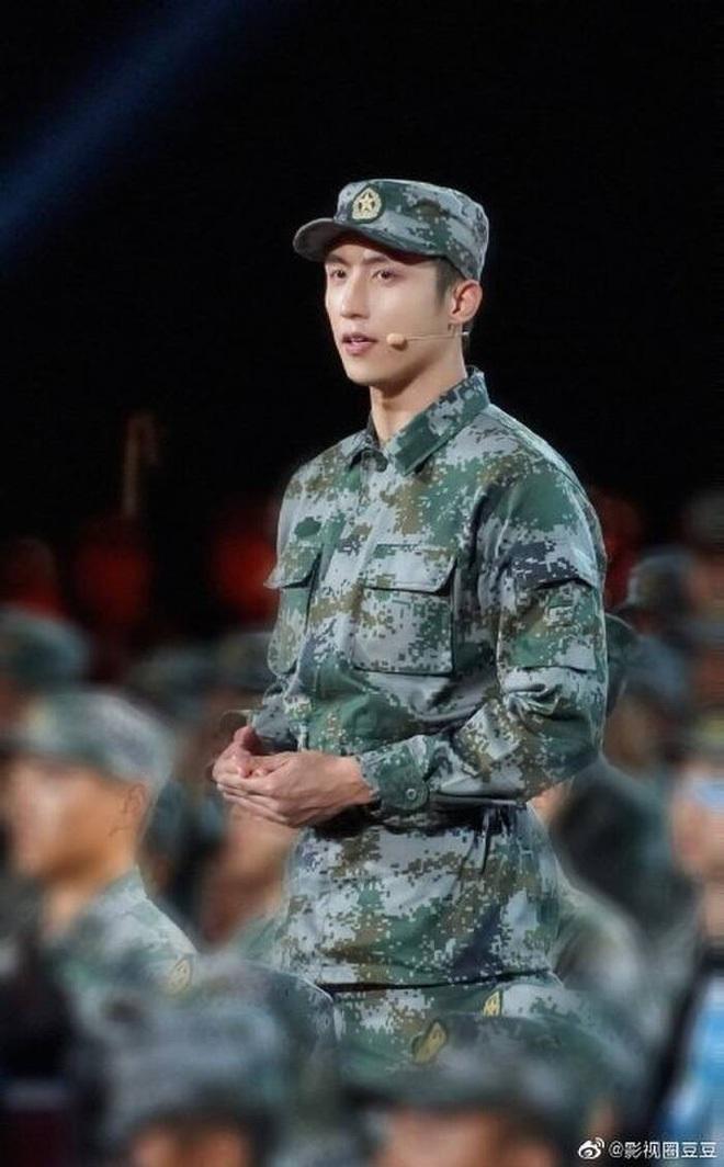 Hoàng Cảnh Du rủ Vương Nhất Bác và bạn trai Cúc Tịnh Y đóng cảnh sát, tham vọng lập nhóm F4 phiên bản hình sự hay gì? - ảnh 5
