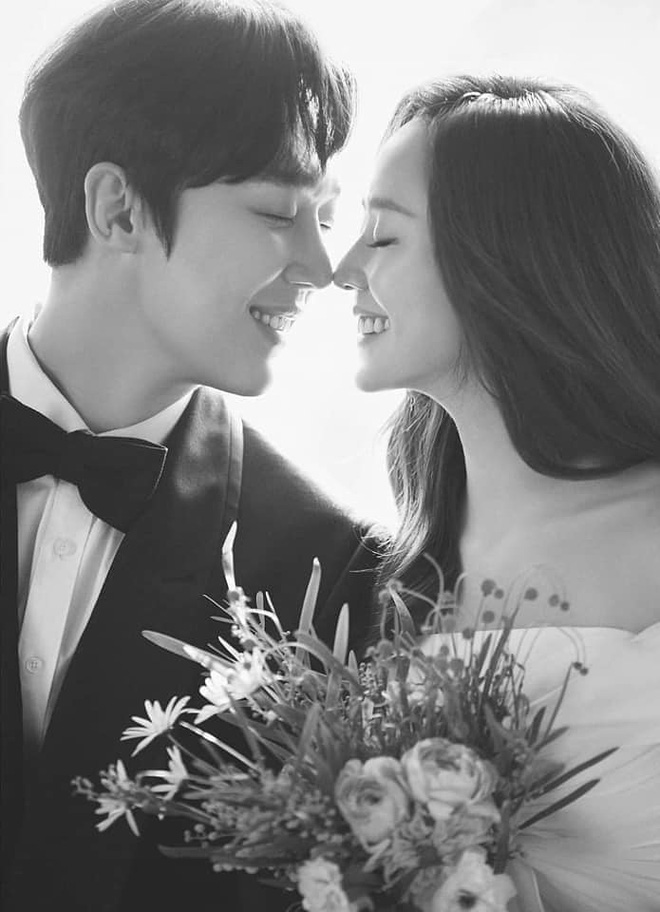 Cả xứ Hàn đang dậy sóng vì ảnh cưới của tiểu tam Eugene trong Penthouse 2, nhìn thế này ai nghĩ đã là mẹ 2 con - ảnh 4