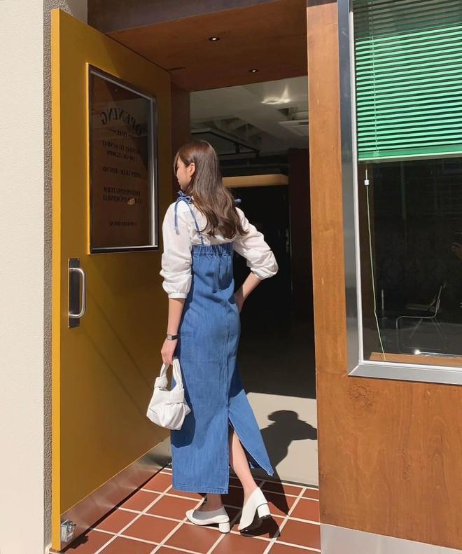 """Trời xuân ấm áp, diện sơ mi theo 5 công thức """"ruột"""" của gái Hàn là đảm bảo vừa xinh, vừa sang hết ý - ảnh 16"""