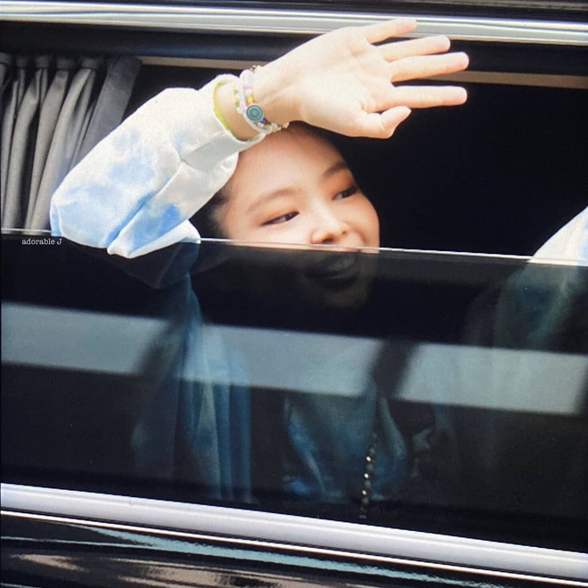 """Không thể đùa với các """"thánh soi"""" Trung Quốc: Soi phụ kiện tìm ra hint hẹn hò của G-Dragon và Jennie từ lâu, giờ xem lại mới bất ngờ - ảnh 6"""