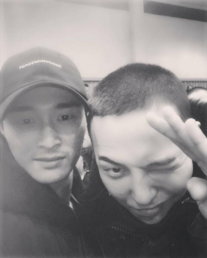 Vị quản lý giúp G-Dragon bí mật đưa đón bạn gái Jennie (BLACKPINK) đến mỗi buổi hẹn hò là ai? - ảnh 5