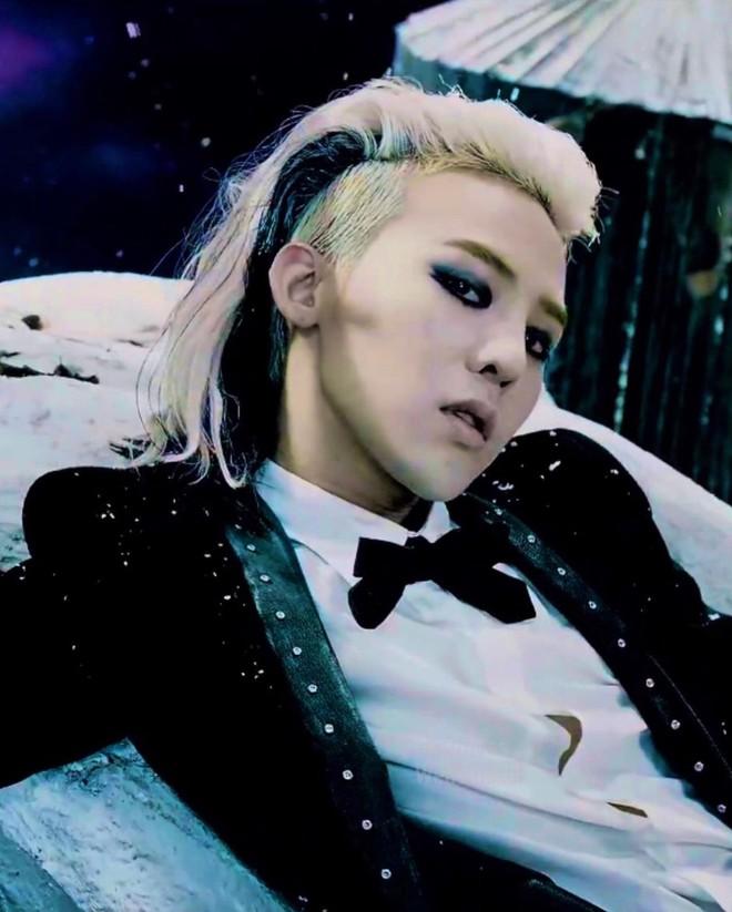 1001 hint hẹn hò của Jennie - G-Dragon: Chàng là động lực giúp nàng debut, nàng tung ảnh đồ đôi, chi tiết trùng hợp đáng ngờ - ảnh 3