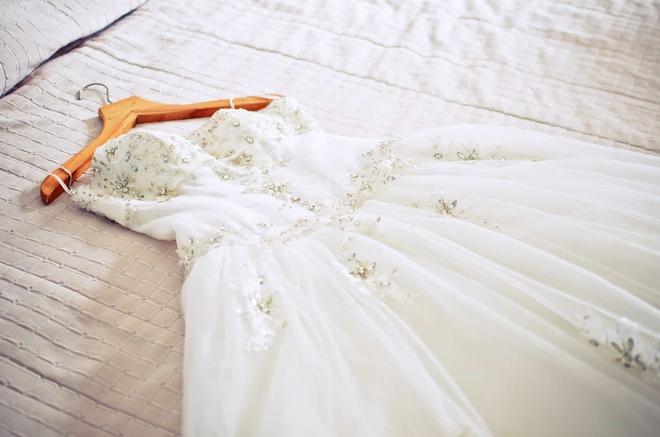 Từ chuyện Tóc Tiên gửi váy cưới sang Mỹ để giặt: Hóa ra có dịch vụ giặt dành riêng cho đồ hiệu xa xỉ, mức phí lên tới nửa tỷ - ảnh 6