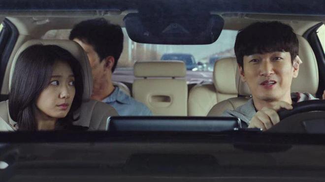 Park Shin Hye đang bỏ trốn với chồng hờ thì bị bắn bay xác, bỏ mạng luôn ở Sisyphus tập 4? - ảnh 5