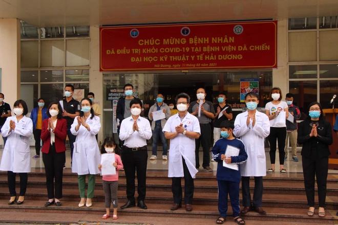 Bệnh nhân Covid-19 nặng tại Hải Dương được công bố khỏi bệnh: Tôi xúc động khi được các bác sĩ chăm sóc trong những ngày Tết Nguyên đán - ảnh 1