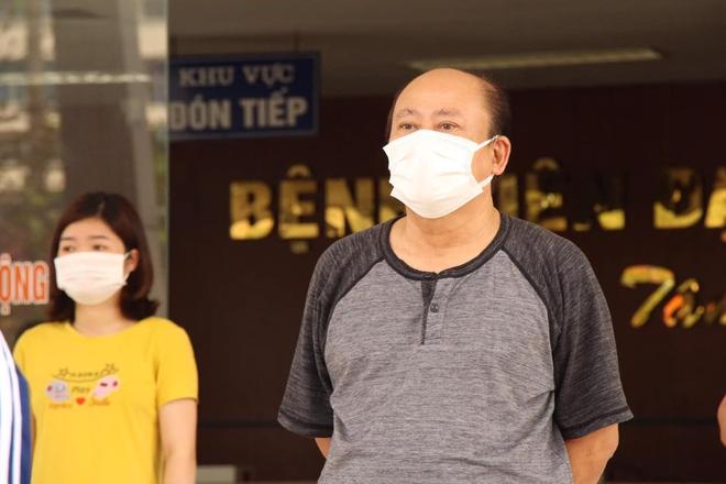 Bệnh nhân Covid-19 nặng tại Hải Dương được công bố khỏi bệnh: Tôi xúc động khi được các bác sĩ chăm sóc trong những ngày Tết Nguyên đán - ảnh 2