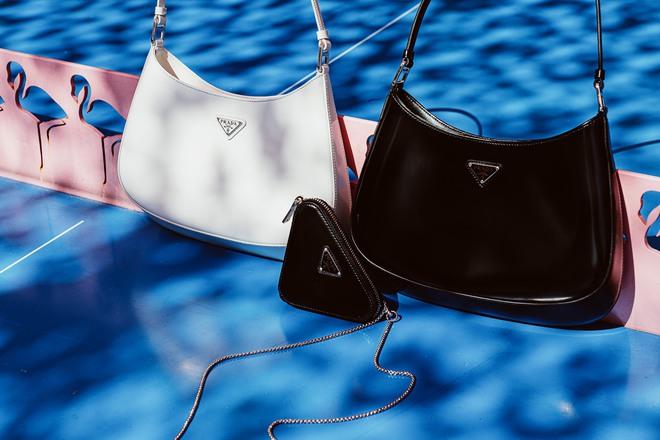 Hậu lời nguyền đại sứ, Prada vẫn hot ầm ầm nhờ chiếc túi lấy lòng mỹ nhân khắp nơi, sao nữ Việt dùng cũng siêu nhiều - ảnh 3