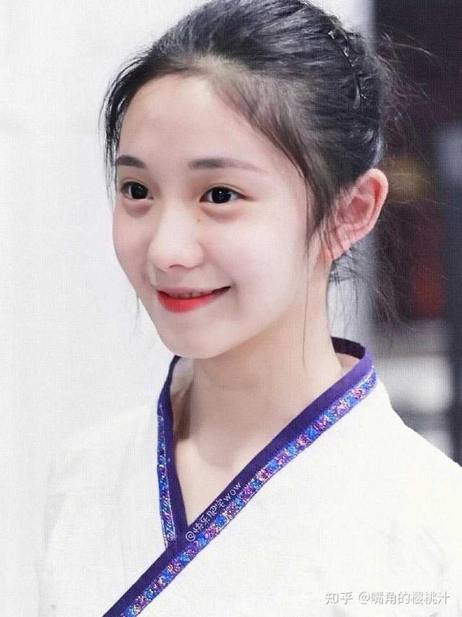 Mưu nữ lang Lưu Hạo Tồn dính phốt khai gian tuổi, netizen chê bai: Đọ không nổi với lứa 9X lên đành lùi bước về sau? - ảnh 6