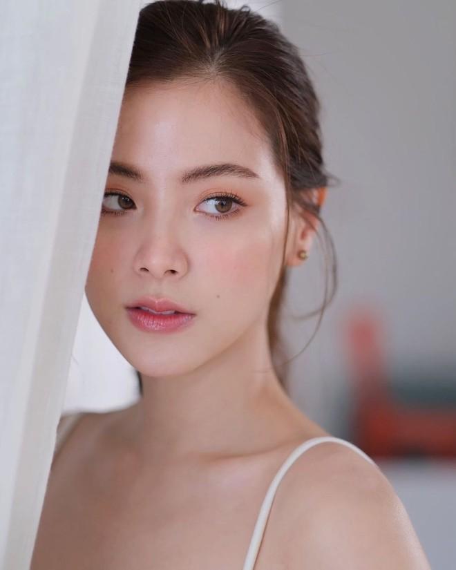 """Vẫn biết nữ thần Baifern (Chiếc Lá Bay) đẹp, nhưng ai ngờ diễm lệ đến mức khiến netizen Việt """"nghẹt thở"""" như bộ ảnh này - ảnh 8"""