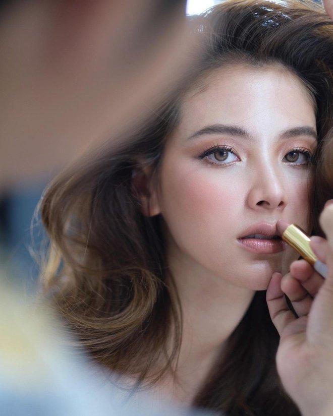 """Vẫn biết nữ thần Baifern (Chiếc Lá Bay) đẹp, nhưng ai ngờ diễm lệ đến mức khiến netizen Việt """"nghẹt thở"""" như bộ ảnh này - ảnh 3"""