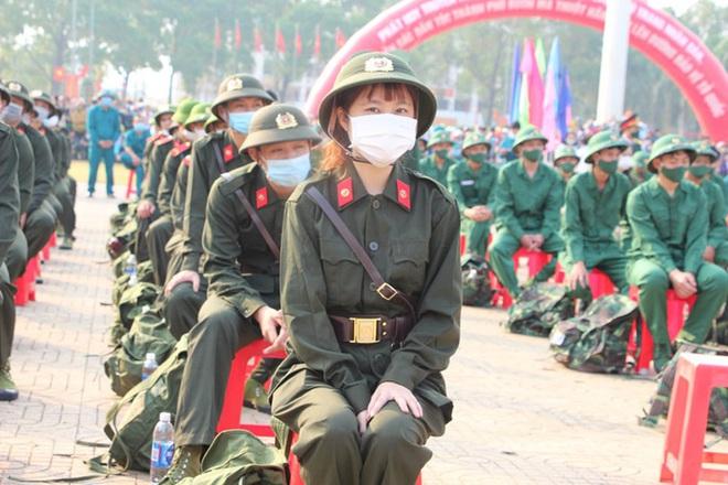 Nữ tân binh: Nghĩa vụ bảo vệ Tổ quốc không chỉ của riêng nam giới - ảnh 3