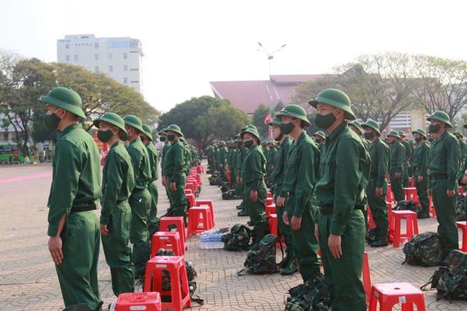 Nữ tân binh: Nghĩa vụ bảo vệ Tổ quốc không chỉ của riêng nam giới - ảnh 5