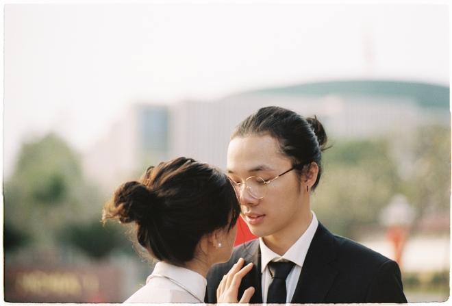 Dân FA trầm trồ vì bộ ảnh nhìn là biết Hà Nội của cặp đôi dễ thương, nên duyên nhờ inbox nhầm tận 3 lần - ảnh 7