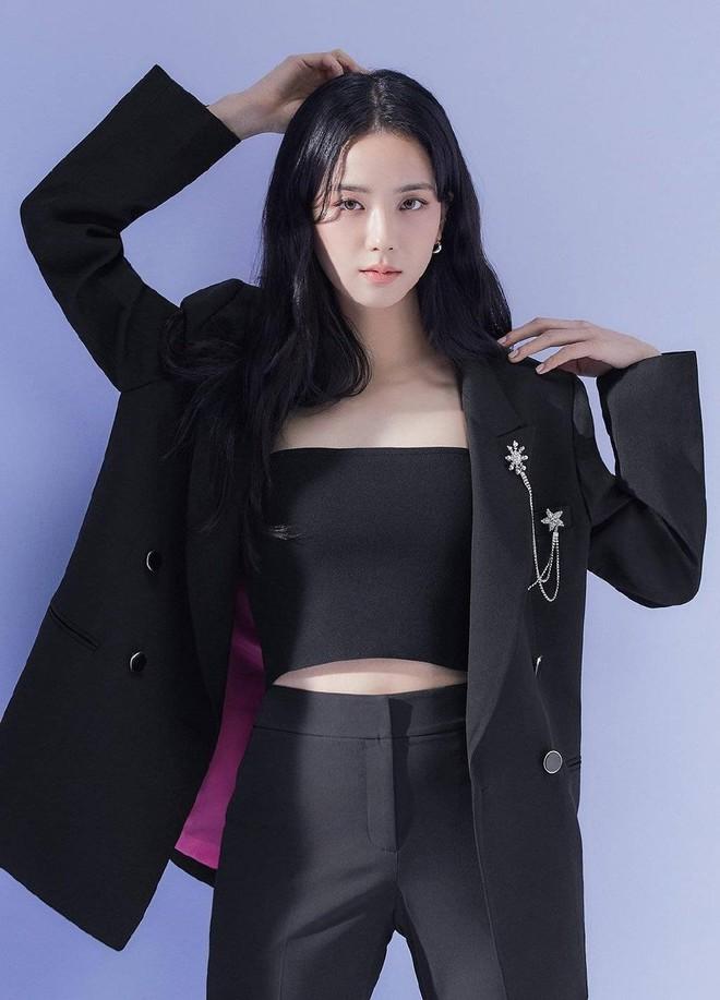 Fan ém hàng giúp Jisoo (BLACKPINK) cực tâm huyết ở phim trường Snowdrop, chèn hẳn váy hồng chói lọi tha hồ tung tăng! - ảnh 5