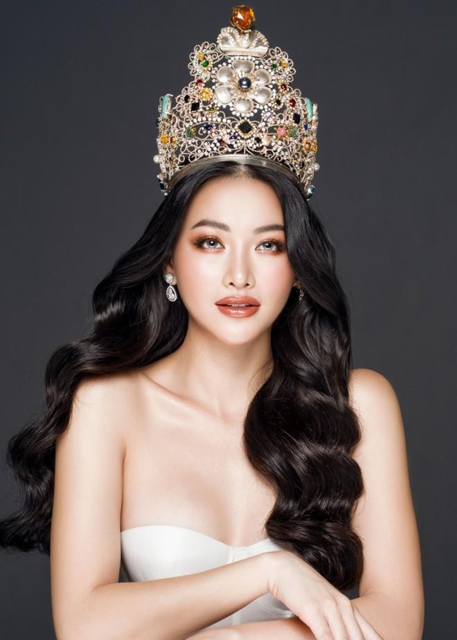 Vướng tin đồn sinh con với đại gia, Hoa hậu Phương Khánh tung clip khoe eo thon mỏng dính khó tin là body mẹ bỉm - ảnh 5