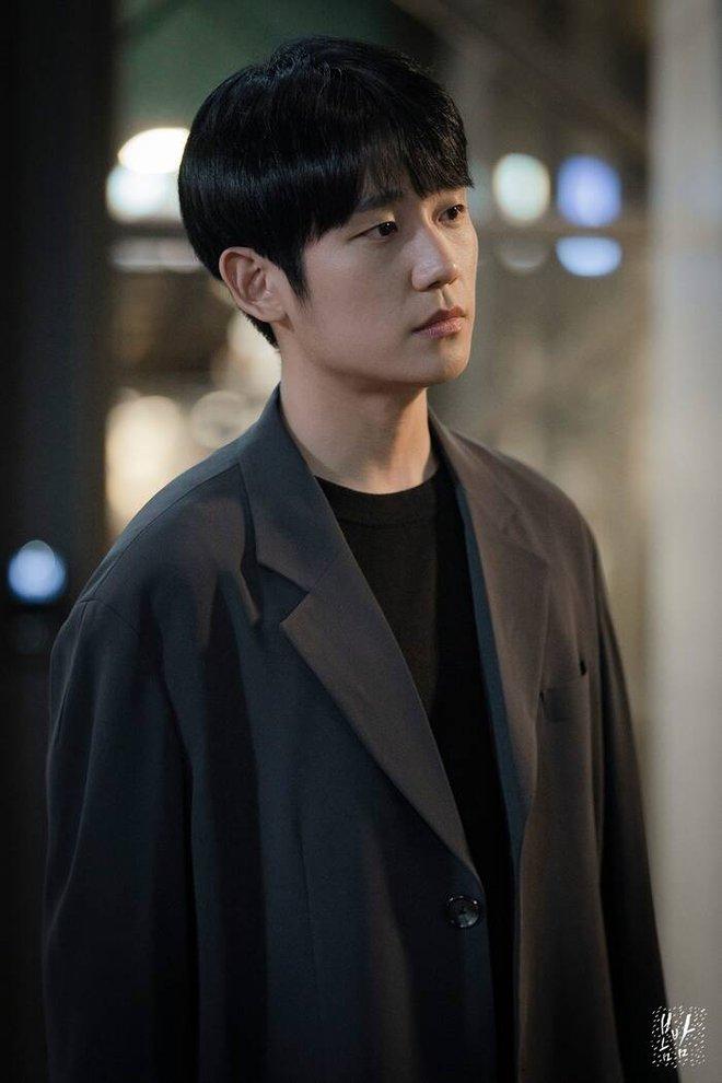 Fan ém hàng giúp Jisoo (BLACKPINK) cực tâm huyết ở phim trường Snowdrop, chèn hẳn váy hồng chói lọi tha hồ tung tăng! - ảnh 3