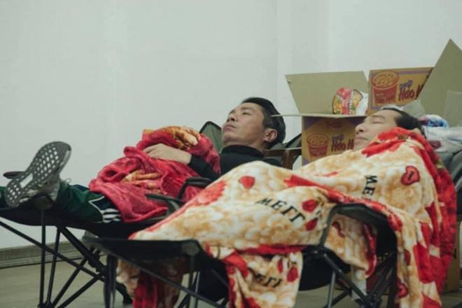 Những bữa ăn vội vã của dàn nghệ sĩ Táo Quân khiến người hâm mộ xót xa: Tất cả là vì món ăn tinh thần đêm 30 của cả nước! - Ảnh 10.