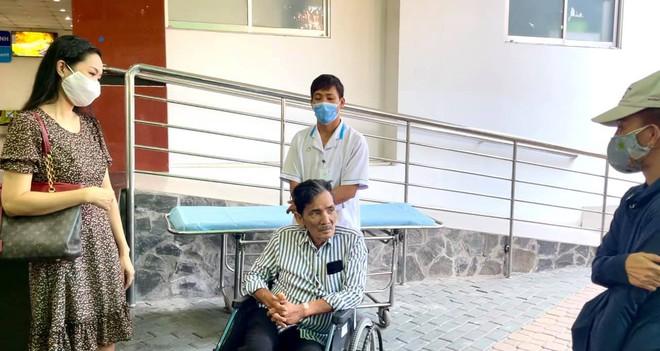 NS Thương Tín đã xuất viện sau 3 ngày đột quỵ, hình ảnh căn phòng trọ vỏn vẹn 20m2 tá túc cùng vợ gây xót xa - Ảnh 5.