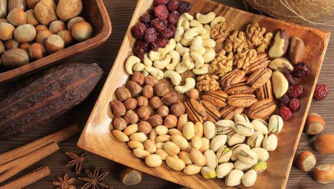 Người đàn ông 51 tuổi ăn chay trường hơn 2 năm thì bị nhồi máu não, đây là 3 loại thực phẩm làm tăng mỡ máu hơn cả chất béo - ảnh 2