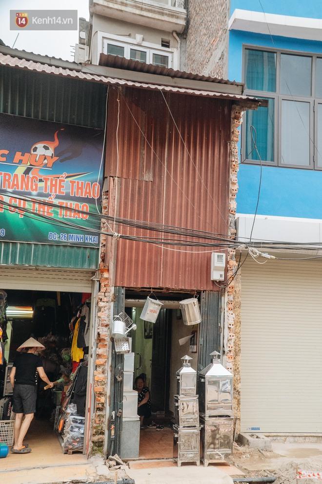 """Những ngôi nhà """"kì dị"""" ở Hà Nội: Nhà hẳn... 4 mặt tiền, nhà thì siêu mỏng siêu nhỏ - Ảnh 10."""