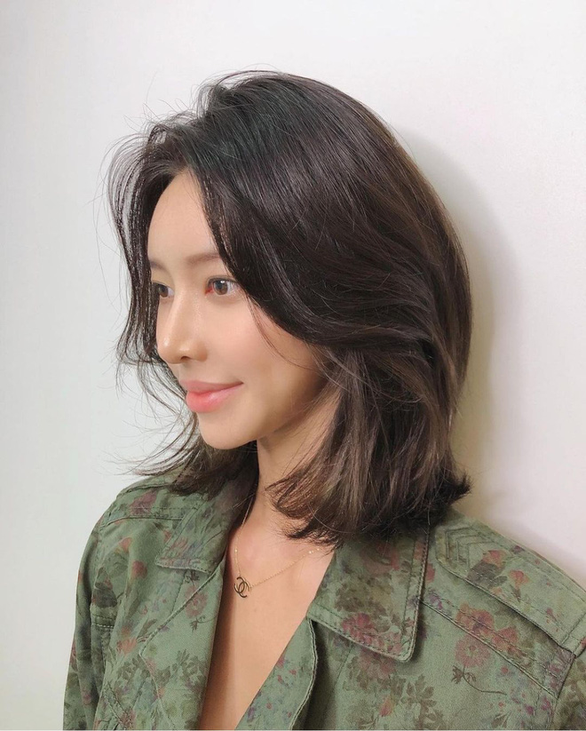 5 kiểu tóc siêu nhẹ đầu và còn nhân đôi vẻ sành điệu, hoàn hảo để chị em cắt cho mùa Xuân - Hè - Ảnh 4.