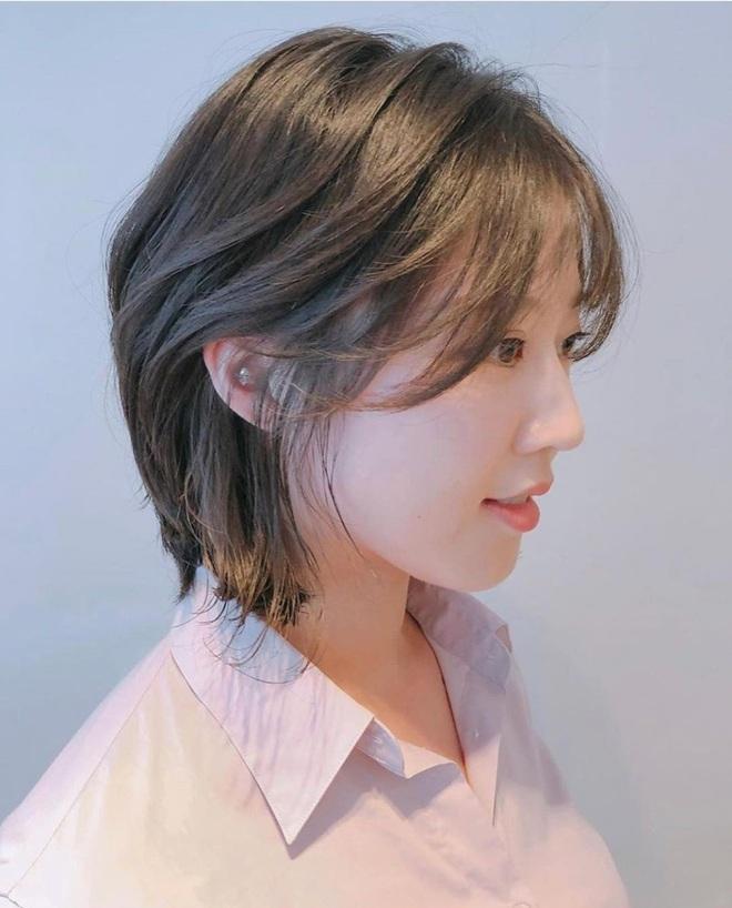 5 kiểu tóc siêu nhẹ đầu và còn nhân đôi vẻ sành điệu, hoàn hảo để chị em cắt cho mùa Xuân - Hè - Ảnh 5.