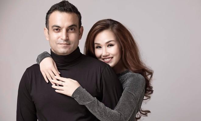 Võ Hạ Trâm khoe bụng bầu xác nhận mang thai con đầu lòng với chồng người Ấn Độ, Đoan Trang và dàn sao nô nức chúc mừng - ảnh 6