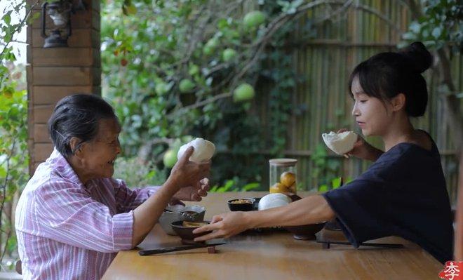 Tiên nữ đồng quê Lý Tử Thất sau 5 năm: Không sợ bị thay thế, không còn thức khuya để edit video như ngày xưa - ảnh 3