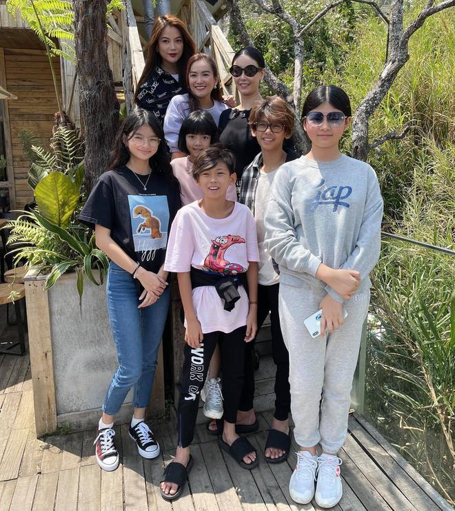 Khi con của Hoa hậu, diễn viên đứng chung khung hình: Ai cũng hưởng trọn visual đỉnh cao từ bố mẹ, bonus thêm chân dài miên man - ảnh 3