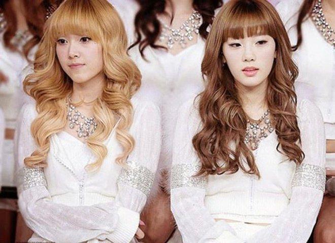 Điểm chung 2 mỹ nhân sát trai nhất Kpop Jennie - Taeyeon: Từ dính phốt thái độ, cà khịa thành viên cùng nhóm đến chiêu trò hẹn hò? - ảnh 20
