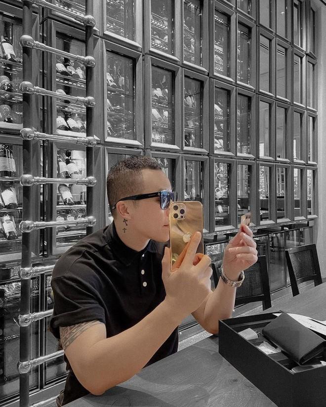 Vũ Khắc Tiệp là một trong 500 người trên thế giới sở hữu iPhone 12 Pro Max mạ vàng 18K, khoe giá thực tế mà choáng! - ảnh 8