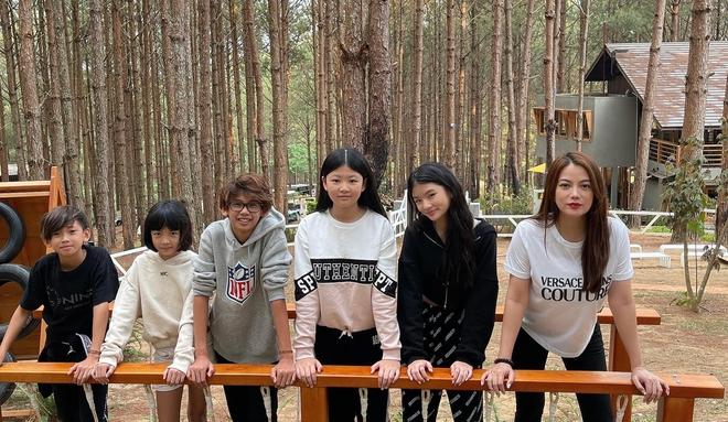 Khi con của Hoa hậu, diễn viên đứng chung khung hình: Ai cũng hưởng trọn visual đỉnh cao từ bố mẹ, bonus thêm chân dài miên man - ảnh 5