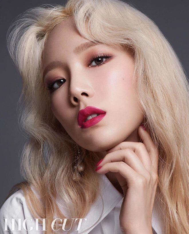 Điểm chung 2 mỹ nhân sát trai nhất Kpop Jennie - Taeyeon: Từ dính phốt thái độ, cà khịa thành viên cùng nhóm đến chiêu trò hẹn hò? - ảnh 9