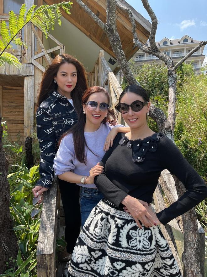 Khi con của Hoa hậu, diễn viên đứng chung khung hình: Ai cũng hưởng trọn visual đỉnh cao từ bố mẹ, bonus thêm chân dài miên man - ảnh 2