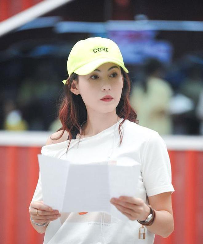 Trương Bá Chi: Ngọc nữ đẹp nhất Hong Kong ăn chơi trác táng, thi phi bủa vây vì cuộc tình 2 thập kỷ với Tạ Đình Phong - ảnh 25