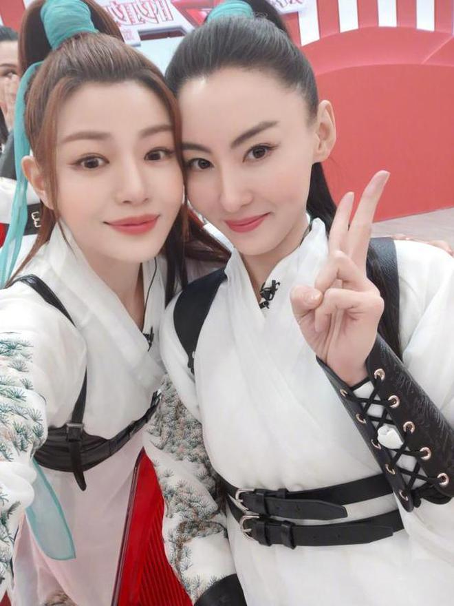 Trương Bá Chi: Ngọc nữ đẹp nhất Hong Kong ăn chơi trác táng, thi phi bủa vây vì cuộc tình 2 thập kỷ với Tạ Đình Phong - ảnh 27