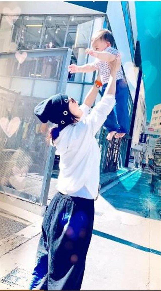 Trương Bá Chi: Ngọc nữ đẹp nhất Hong Kong ăn chơi trác táng, thi phi bủa vây vì cuộc tình 2 thập kỷ với Tạ Đình Phong - ảnh 21