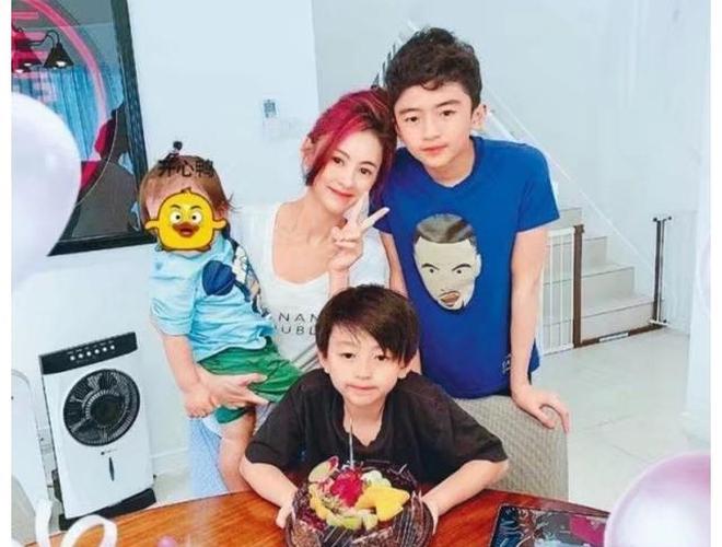 Trương Bá Chi: Ngọc nữ đẹp nhất Hong Kong ăn chơi trác táng, thi phi bủa vây vì cuộc tình 2 thập kỷ với Tạ Đình Phong - ảnh 22
