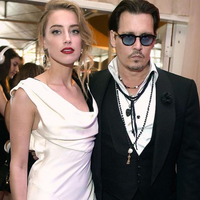Tranh cãi chuyện tình của Angelina Jolie hậu ly hôn: Hẹn hò đồng tính, bị nghi là Tuesday phá hoại gia đình Thor và Johnny Depp? - Ảnh 4.