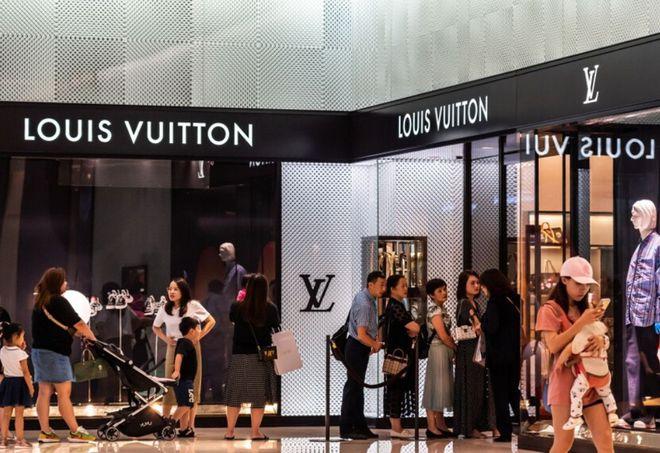 Hết Chanel lại tới Dior đua nhau tăng giá giữa đại dịch, nguyên nhân là gì đây? - ảnh 6