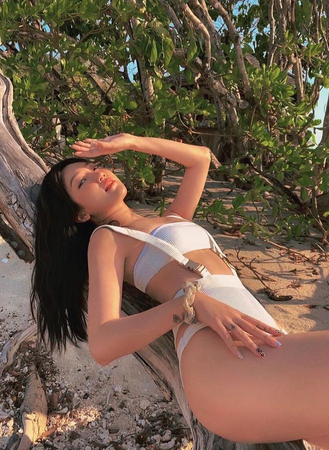 Linh Sugar chặt chém đường đua bikini, chị đẹp Meo Meo cũng phải thốt lên: Thiên thần! - ảnh 11
