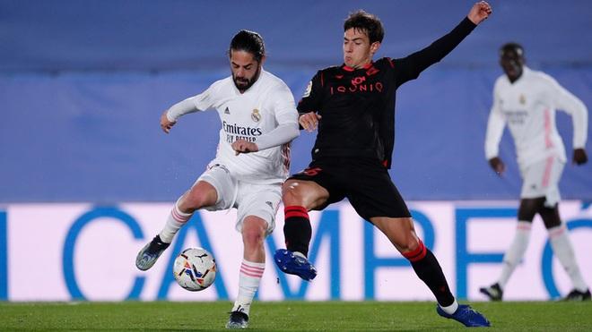 Real Madrid thoát thua trong gang tấc nhưng vẫn bị Barca vượt mặt - ảnh 3