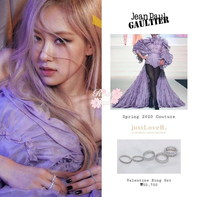 Stylist bạo tay cắt váy Haute Couture để Rosé khoe trọn vai trần, netizen rần rần: Ai làm lại chị? - ảnh 3