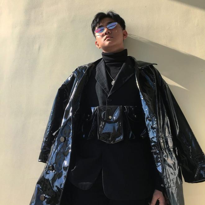 Bị gọi là đồ nhà quê khi mặc áo fake, cậu bạn lập lên đế chế thời trang ở trường cấp 3 - ảnh 1