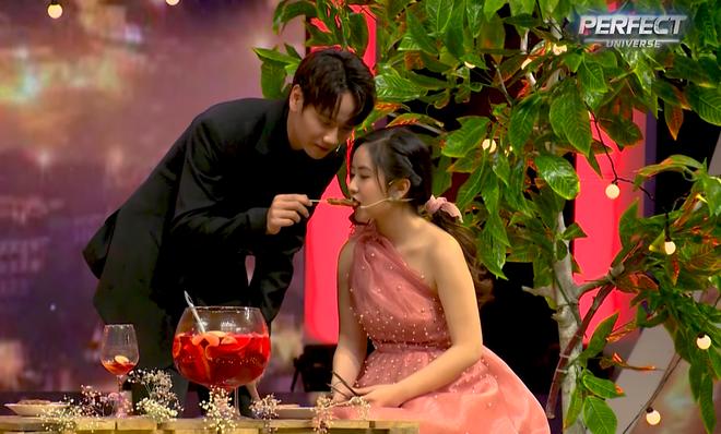 Soái ca Trần Nhậm được hot girl đến tỏ tình, nhan sắc nữ chính chiếm trọn spotlight vì quá xinh 007